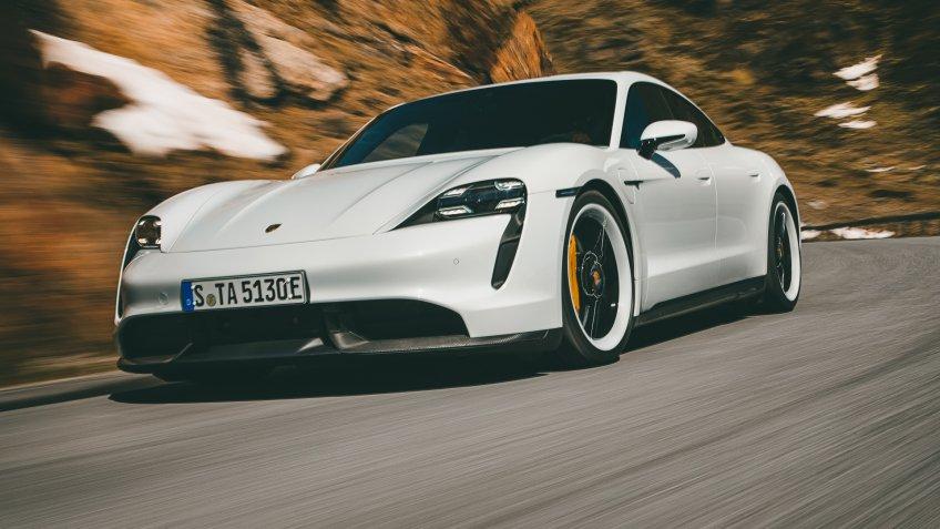 Porsche Taycan Turbo S.