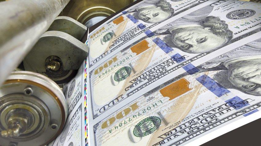 printing US one hundred dollar bills
