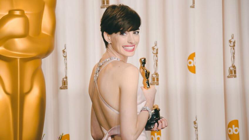 Anne Hathaway richest Oscar winner