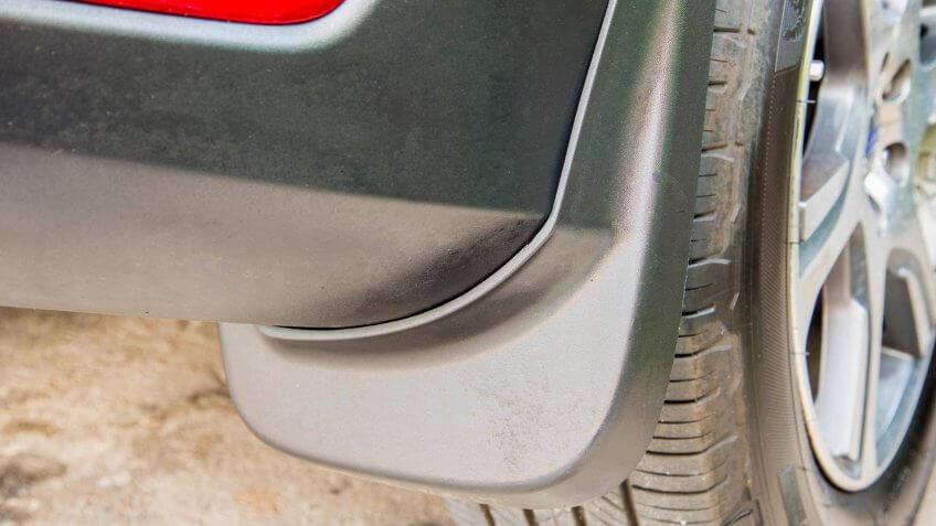 """Car mudgaurd, mudflap on rear wheels""""n."""
