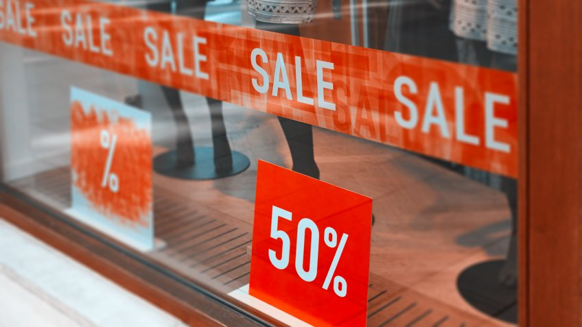 store window at sale with 50%.