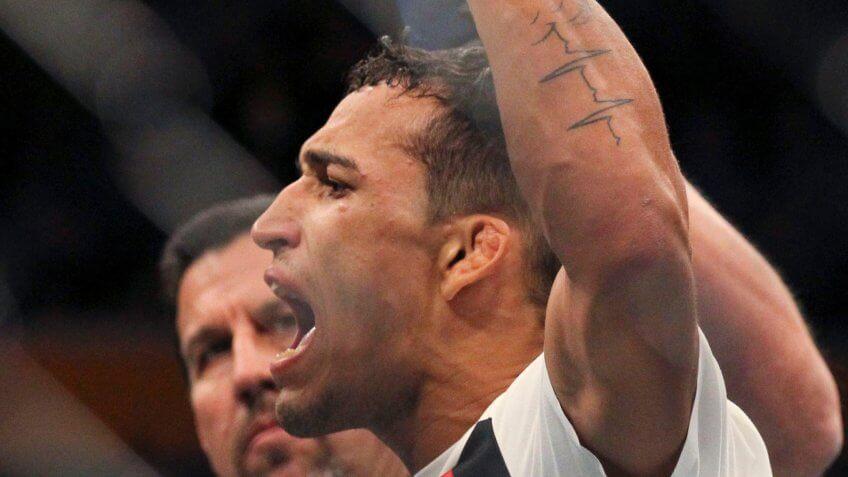 Charles Oliveira, UFC, wrestling