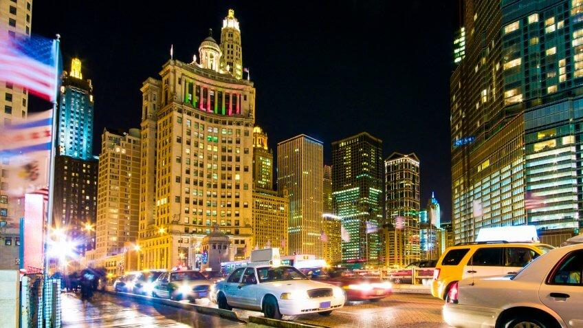 Evening Traffic on Michigan Avenue at the Chicago River.