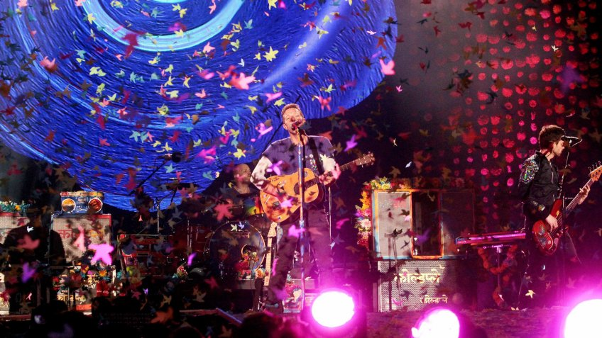 Singer Chris Martin (c Front) of the British Rock Band Coldplay Perfoms on Stage During Their Concert in Santiago De Chile Chile 03 April 2016 the Performance is Part of Coldplay's Latin American Tour Named 'A Head Full of Dreams ' Chile Santiago De ChileChile Music - Apr 2016.