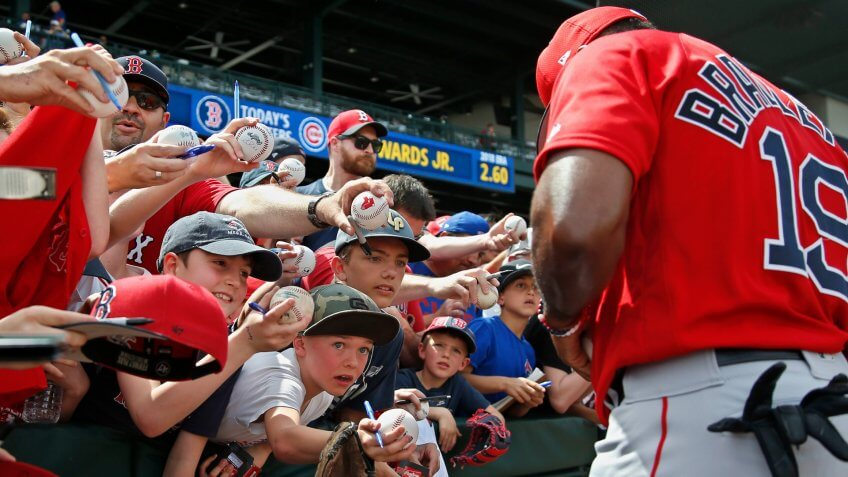 Fans clamor for autographs from Boston Red Sox's Jackie Bradley Jr.