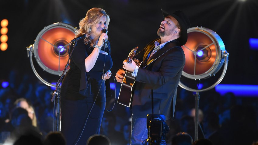 Garth Brooks, Trisha YearwoodMusiCares Person of the Year Gala, Show, Convention Center, Los Angeles, USA - 08 Feb 2019.