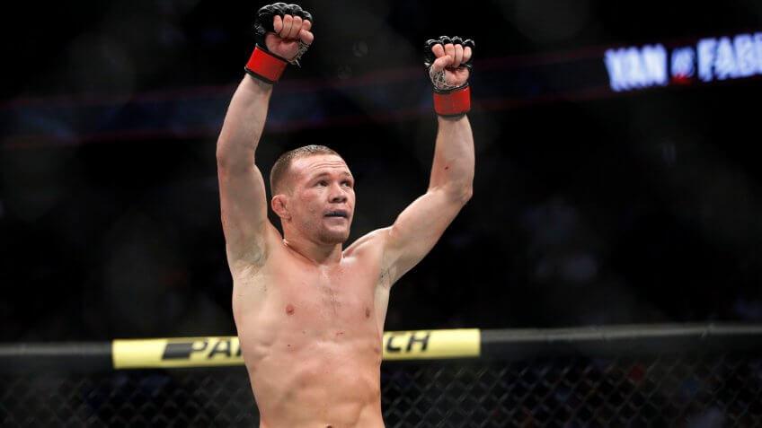 Petr Yan, Robbie Lawler, UFC, wrestling