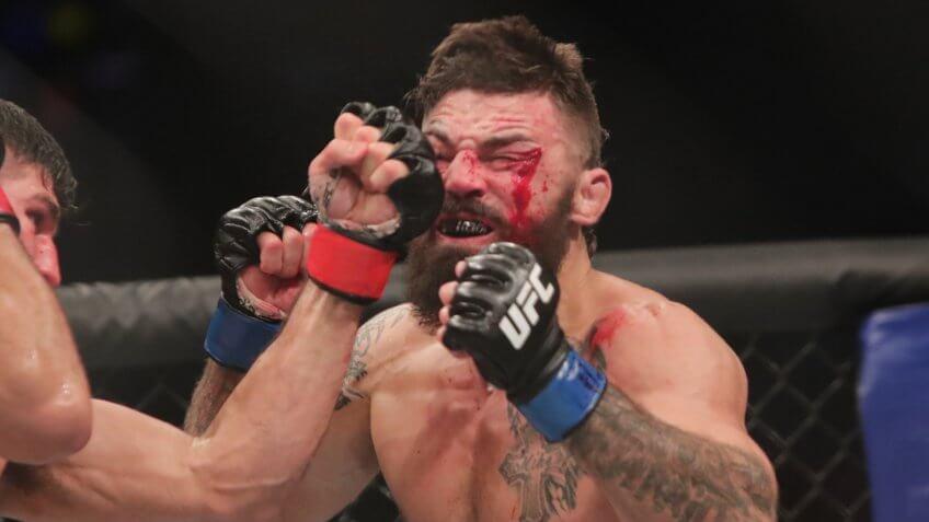Vicente Luque, Robbie Lawler, UFC, wrestling