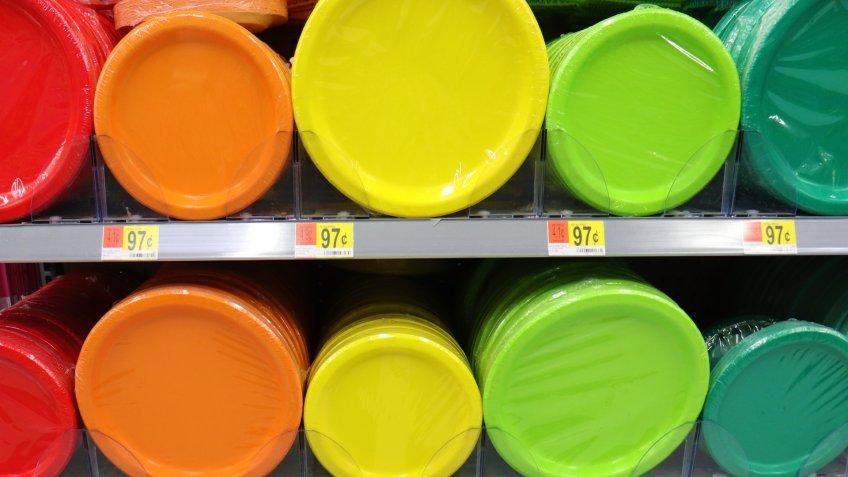 Hagrstown, Maryland / USA - December 29 2019: Color plates at Walmart on shelf.