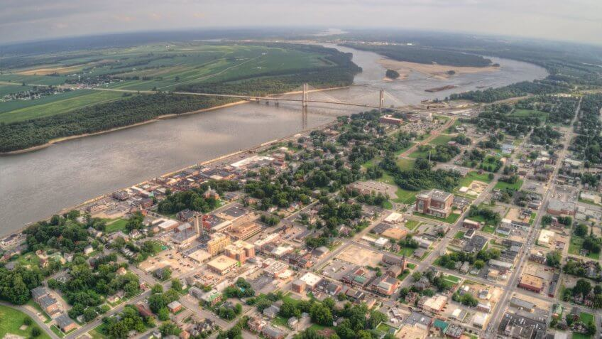 Cape Girardeau is a City on the Mississippi River and border between Missouri and Kentucky.
