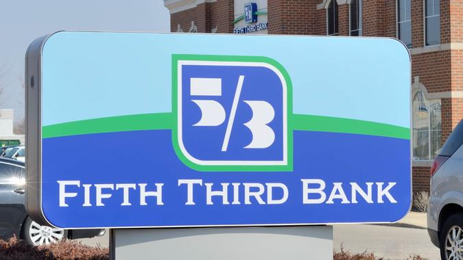 Building Exterior, Built Structure, Clear Sky, Color Image, Fifth Third, Fifth Third Bank, Finance, MICHIGAN, Midwest USA, Number 3, Number 5, Photography, Sign, Sky, USA, bank, blue sky, day, nobody