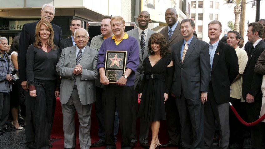 Mandatory Credit: Photo by Jim Smeal/BEI/Shutterstock (618821u)Jerry Buss with family and friendsJerry Buss receiving star on Hollywood Walk of Fame, Los Angeles, America - 30 Oct 2006.
