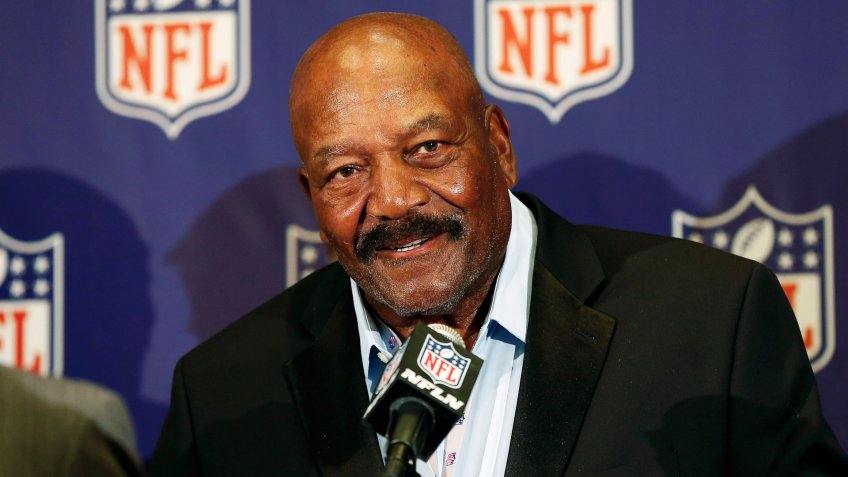 Jim Brown Former Cleveland Brown Hall of Famer Jim Brown speaks during an NFL football news conference in Phoenix.