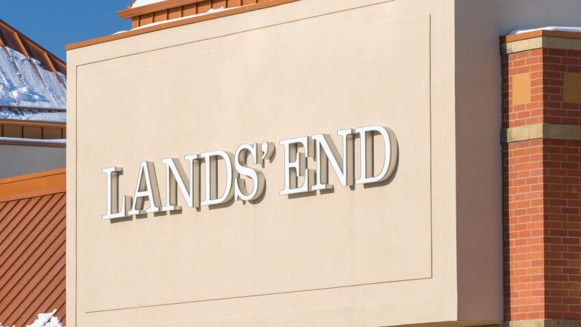 MINNEAPOLIS, MN/USA - JANUARY 14, 2017: Land's End retail store exterior and trademark.