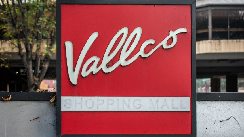Cupertino, CA, United States - November 13, 2018 : Red Vallco Shopping Mall logo.