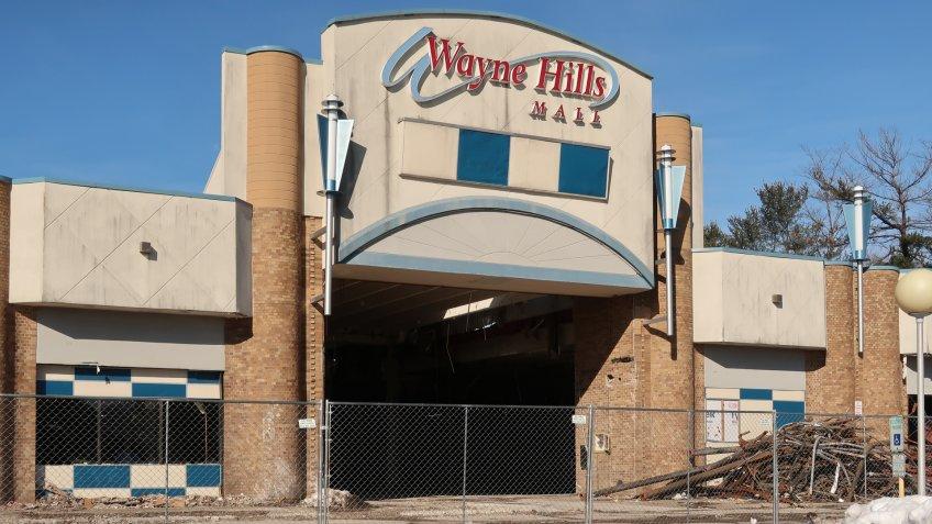 WAYNE, NEW JERSEY/USA - April 1, 2019: Demolition of the abandoned Wayne Hills Mall at 1 Wayne Hills Mall, Wayne, NJ 07470.