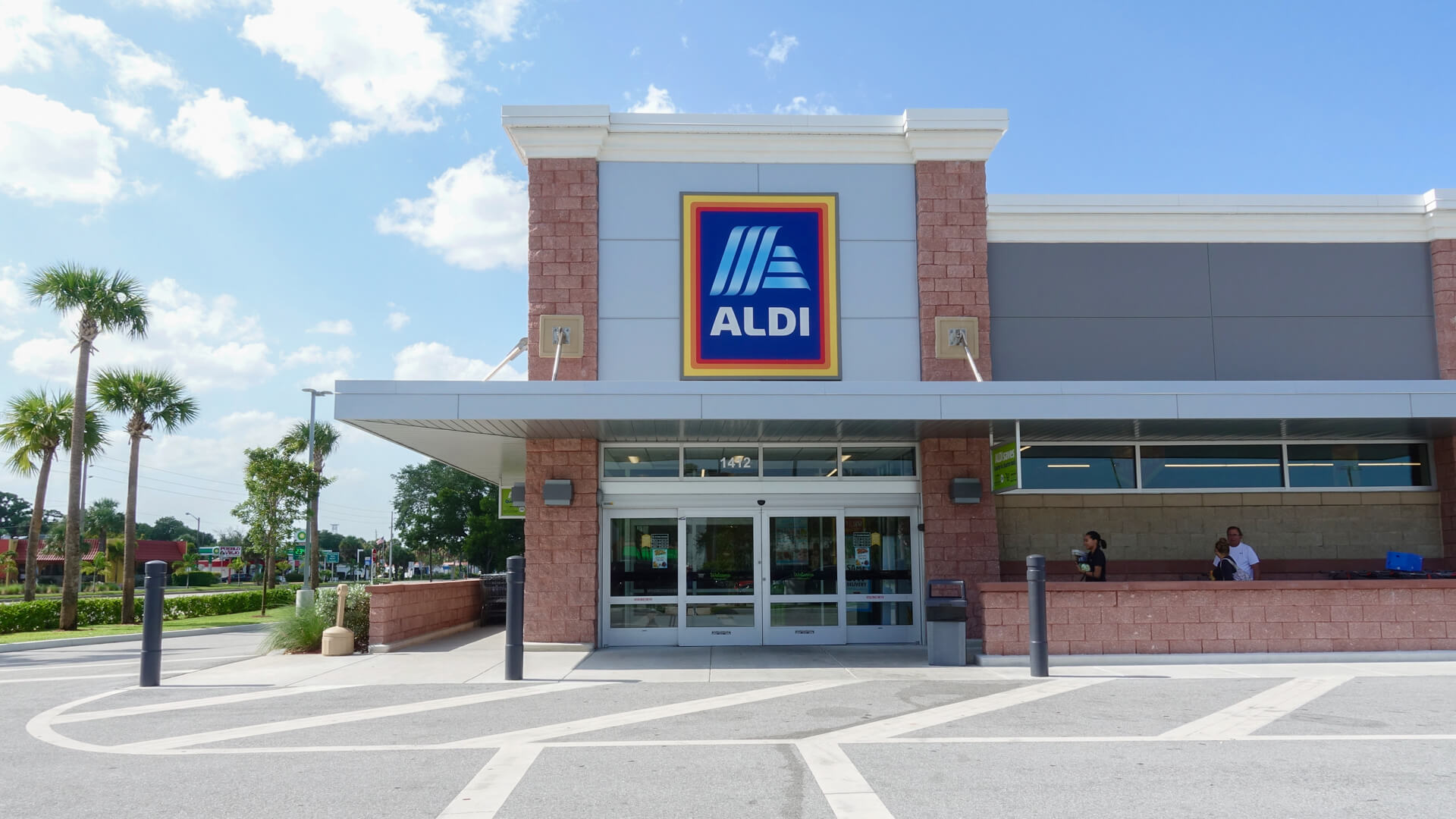 17 Ways To Spend Less at Aldi