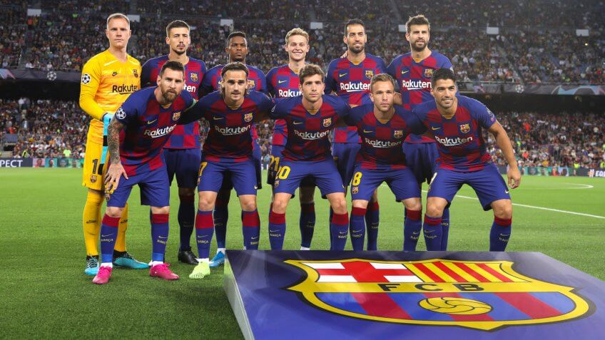 Spain, Barcelona, october 2 2019: fc Barcelona starting line-up in center field for team photo during football match FC BARCELONA vs FC INTER, Champions League 2019/2020 day2, Camp Nou stadium.