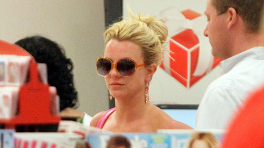 CALABASAS, CA - JUNE 22: Britney Spears goes shopping at Target and picks up baby bottles and Music CDs on June 22, 2009 in Calabasas, California.