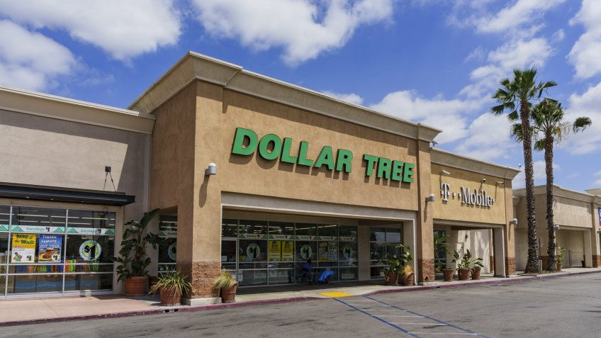 Los Angeles, MAY 25: Exterior view of the budget store - Dollar Tree on MAY 25, 2017 at Los Angeles, California, U.