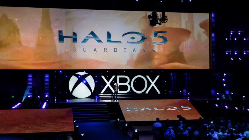 LOS ANGELES - JUNE 9: Microsoft introducing Halo 5: Guardians at Xbox media briefing at E3 2014, the Expo for video games on June 9, 2014 in Los Angeles.