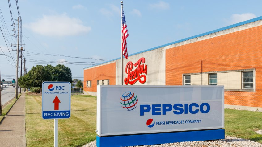 Louisville - Circa July 2019: Pepsi Beverages Company Signage.