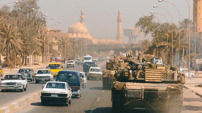 US Marine in Baghdad Iraq War 2003