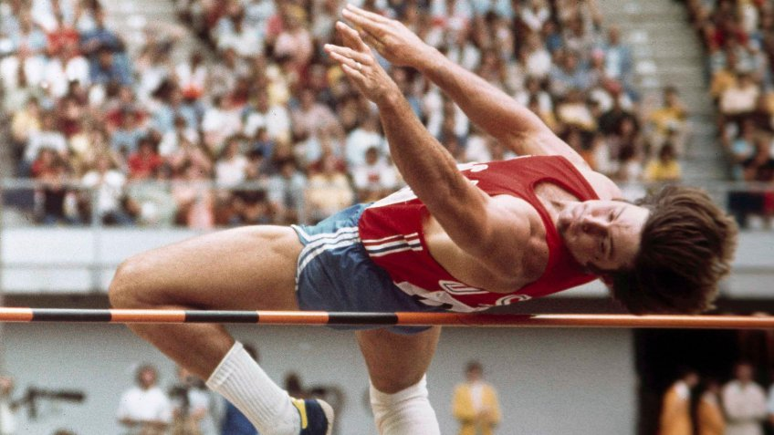 Bruce Jenner pole vaulting in 1976 Olympics Decathlon