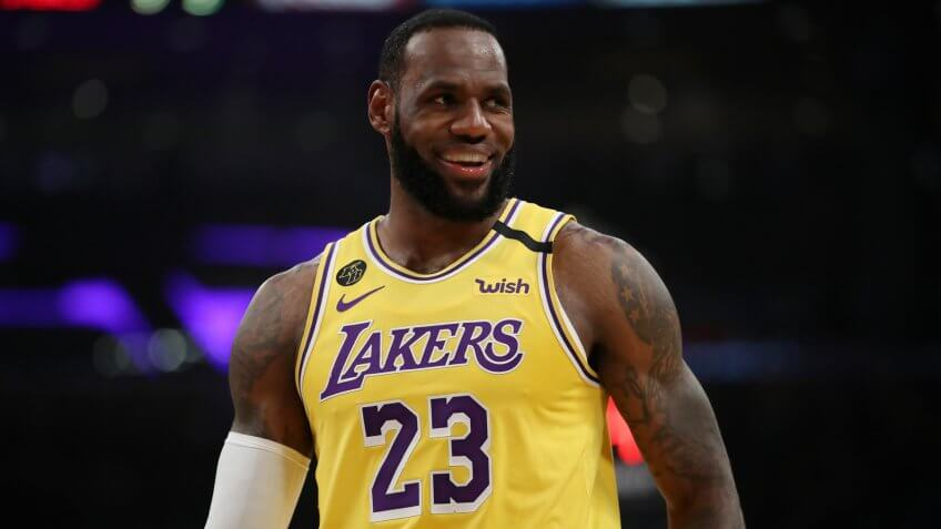 LOS ANGELES, CALIFORNIA - MARCH 03: LeBron James #23 of the Los Angeles Lakers stands on the court in a game against the Philadelphia 76ers during the first half at Staples Center on March 03, 2020 in Los Angeles, California.
