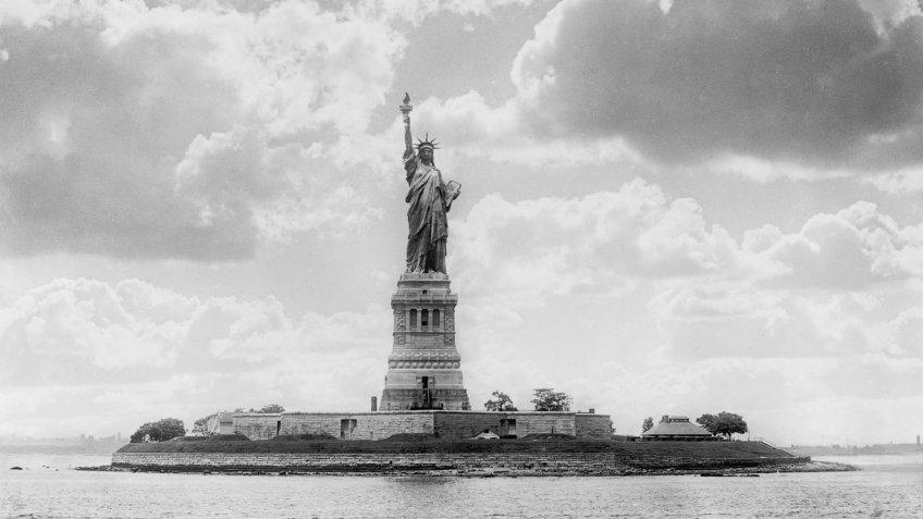 Statue of Liberty, New York Harbor, New York City, USA, circa 1905VARIOUS.