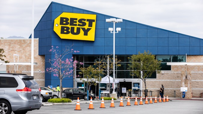 Los Angeles, California / USA - April 4, 2020: Best Buy store has put cones outside to help customer pickup their orders by the door or curbside pickup during the Coronavirus pandemic.