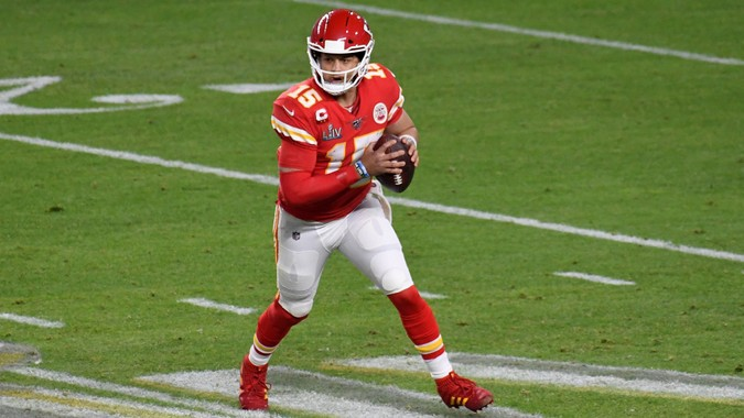 MIAMI, FLORIDA - FEBRUARY 02: Patrick Mahomes #15 of the Kansas City Chiefs looks to pass against the San Francisco 49ers in Super Bowl LIV at Hard Rock Stadium on February 02, 2020 in Miami, Florida.