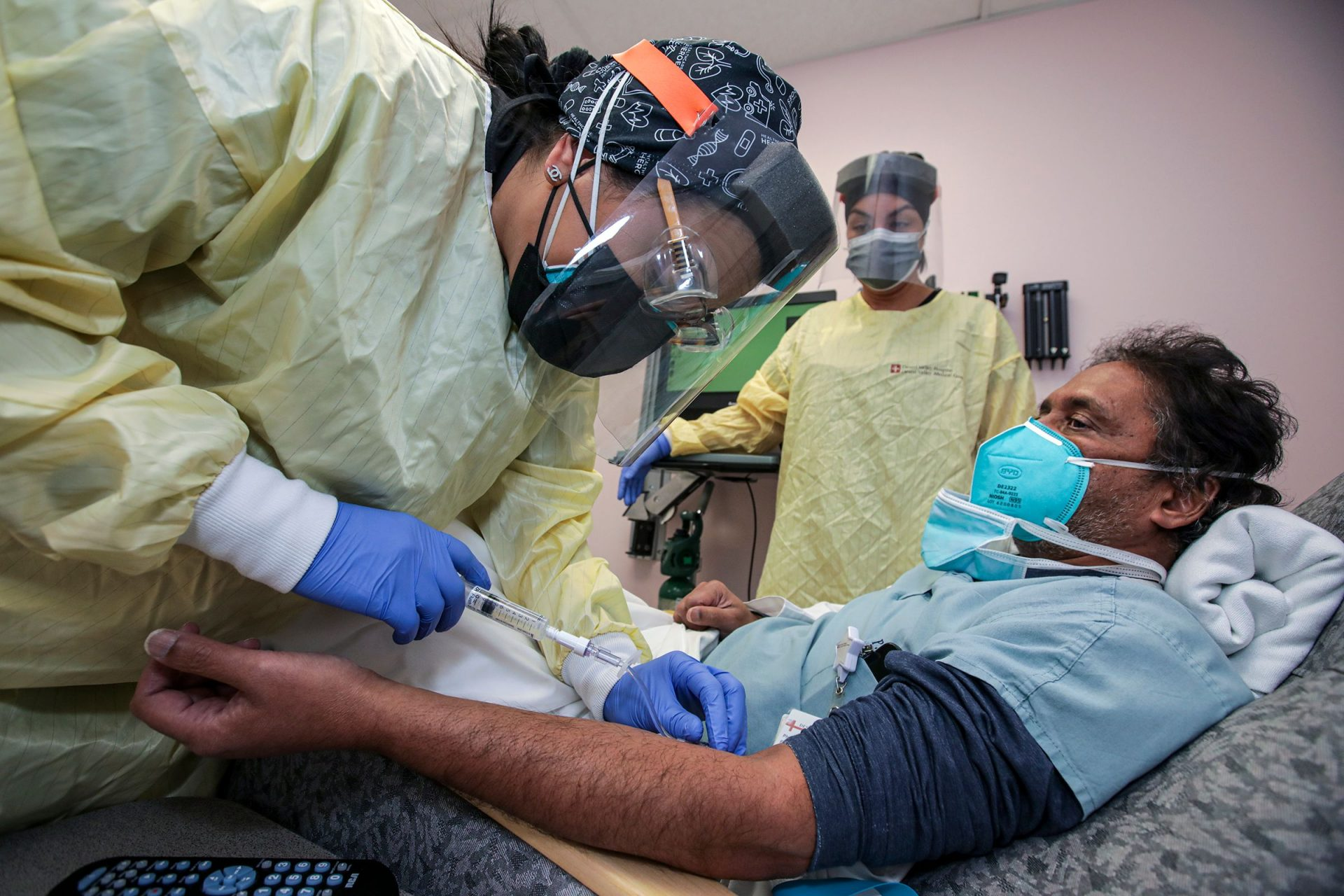 Mandatory Credit: Photo by Irfan Khan/Los Angeles Times/Shutterstock (11700056a)Nurse Salina Padilla, left, prepares Dr.