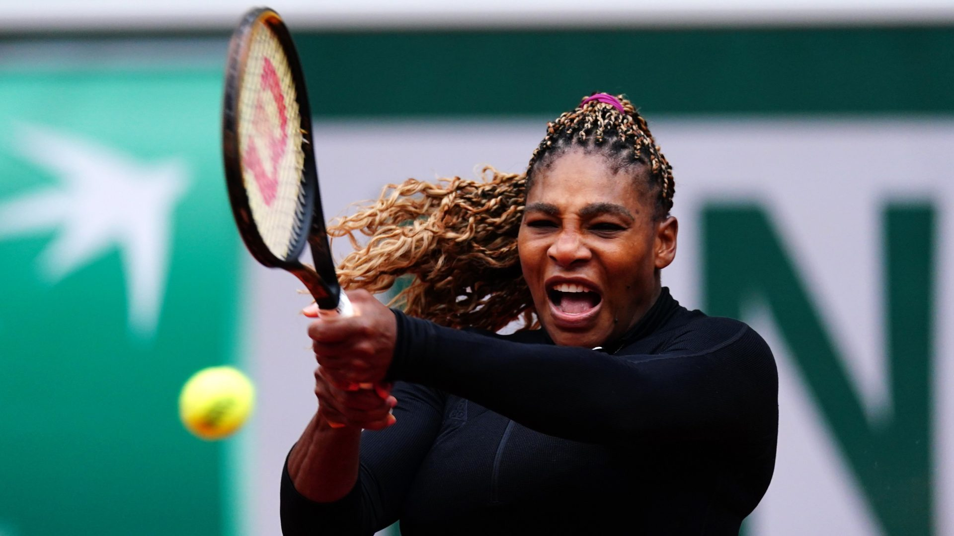 Mandatory Credit: Photo by Javier Garcia/BPI/Shutterstock (10792638fb)Serena Williams during her Women's Singles first round matchFrench Open Tennis, Day Two, Roland Garros, Paris, France - 28 Sep 2020.