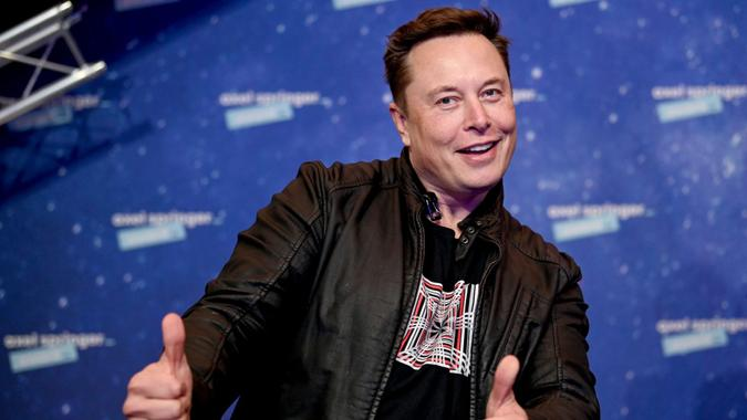 Mandatory Credit: Photo by Britta Pedersen/AP/Shutterstock (11088658h)SpaceX owner and Tesla CEO Elon Musk arrives on the red carpet for the Axel Springer media award, in Berlin, GermanyMusk, Berlin, Germany - 01 Dec 2020.