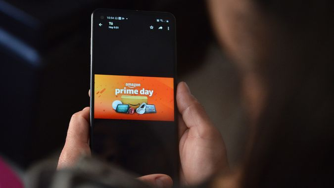 Amazon Prime Day Offers Discounts, Mexico City, Mexico - 21 Jun 2021