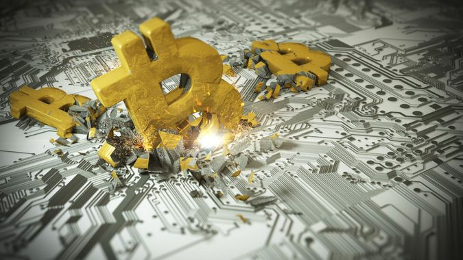 Bitcoin gold crash.