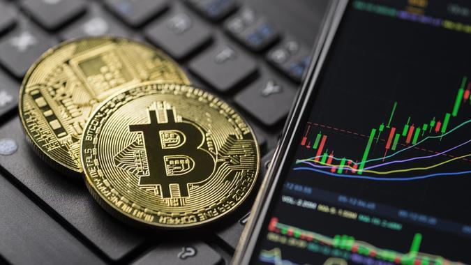 Graphique de trading de crypto-monnaie d'or Bitcoin stock photo