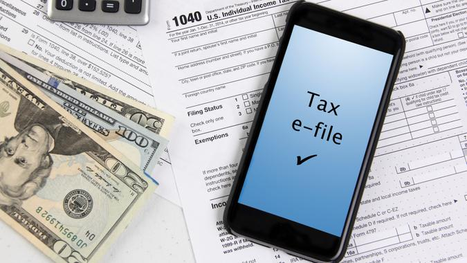 concept for e-file taxes over mobile phone.