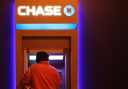 New $1 and $5 Chase Bank ATMs Are Replacing Human Tellers Across the Country