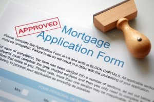 How to Increase Your Chances of Qualifying for a Mortgage Loan in 5 Simple Steps