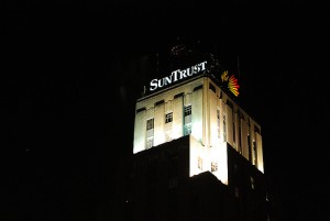 SunTrust Bank Lays Off 800 Mortgage Employees