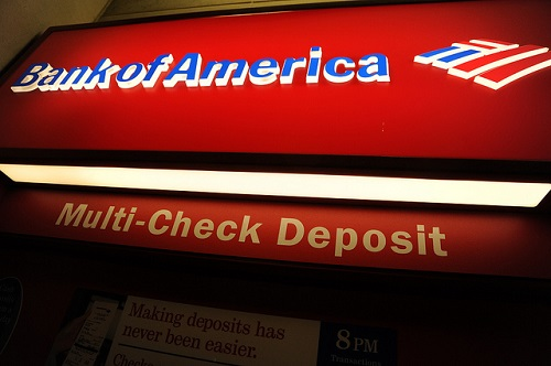 Bank of America Freezes Iranians' Accounts in Response to U.S. Sanctions