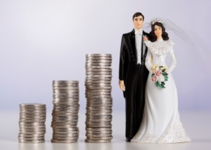 can my spouse access my bank account