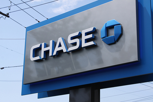 My Love-Hate Relationship with Big Banks: Why I Just Can't Break Up with Chase