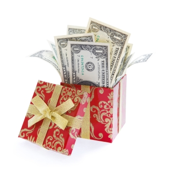 RetailMeNot.com and 7 Other Ways to Save Money on Gift Giving this Christmas