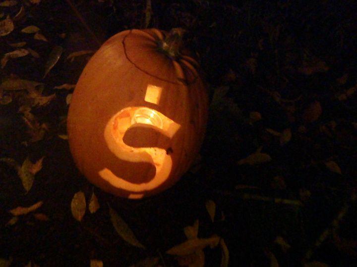 dollar sign pumpkin