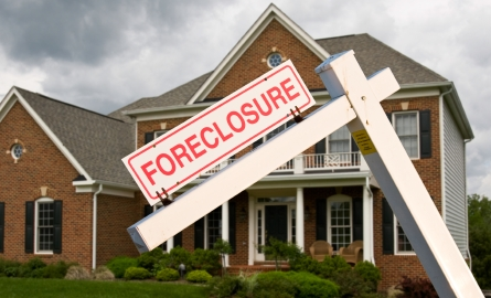 Here's How a Foreclosure Affects Your Credit Score