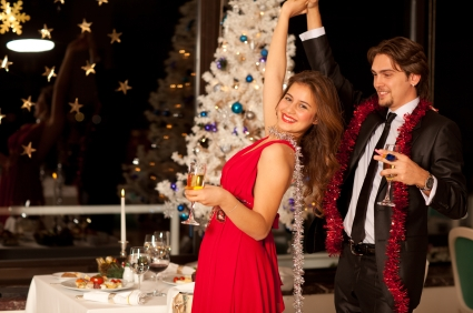 Borrow Versus Buy: Holiday Party Tips for Hosts on a Budget