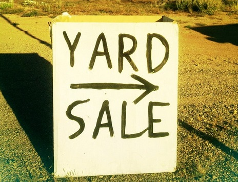 How to Grow Your Savings Account by Hosting a Successful Yard Sale